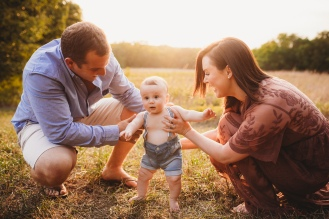 amily photography lawrence ks, family pictures lawrence ks, lawrence kansas, photographer, kayla kohn, kayla kohn photography, maternity photos, maternity session, family session, lifestyle photographer, newborn photography olathe ks, newborn photographer, baldwin city, ks, Lawrence photographers